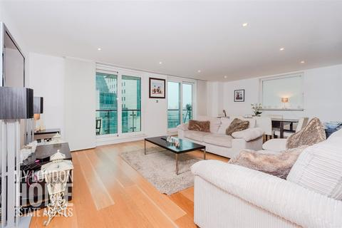 2 bedroom apartment for sale - Bridge House, St George Wharf, Vauxhall, SW8