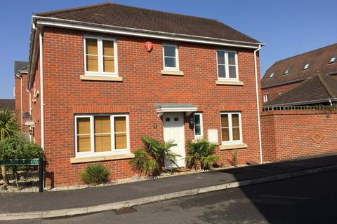 3 bedroom semi-detached house to rent - 1 Grenadier Gardens Thatcham RG19 4PN