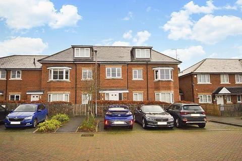 2 bedroom flat for sale - Winch's Meadow, Burnham, SL1