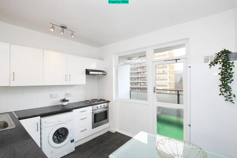 3 bedroom flat to rent - Chaucer House, London