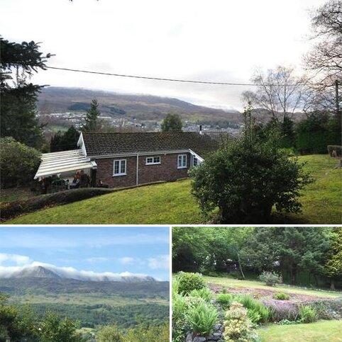 3 bedroom detached bungalow for sale - Coed-Y-Fronallt Estate, Dolgellau, Gwynedd