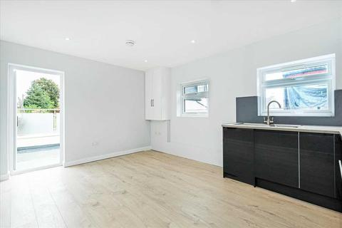 2 bedroom apartment to rent - Upper Tooting Road