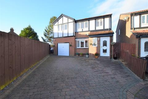 4 bedroom detached house for sale - The Barns, Stanley, Co. Durham