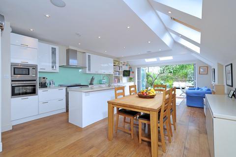 5 bedroom terraced house for sale - Ballingdon Road, London, SW11