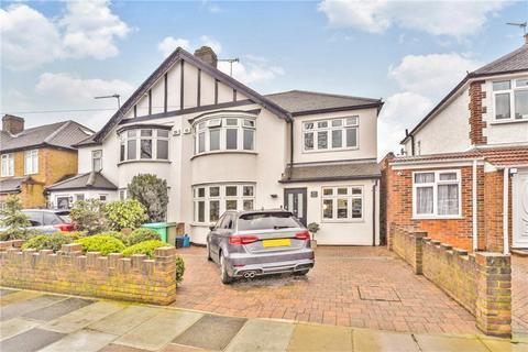4 bedroom semi-detached house for sale - Lyndhurst Avenue, Twickenham, TW2