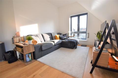 2 bedroom apartment to rent - Norfolk Road, Maidenhead, Berkshire, SL6