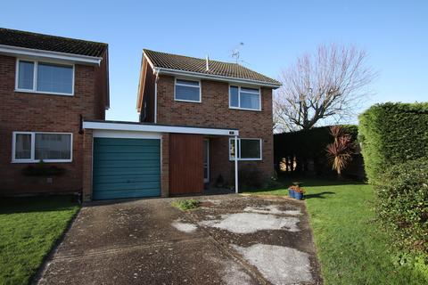 3 bedroom detached house - Vancouver Road, Worthing