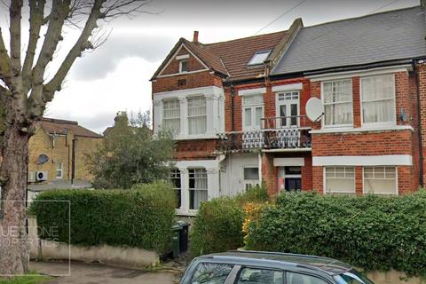 1 bedroom flat - Rosendale Road, Norwood
