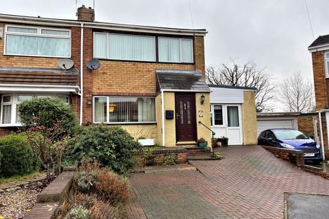 3 bedroom semi-detached house - Peace Close, Cheslyn Hay