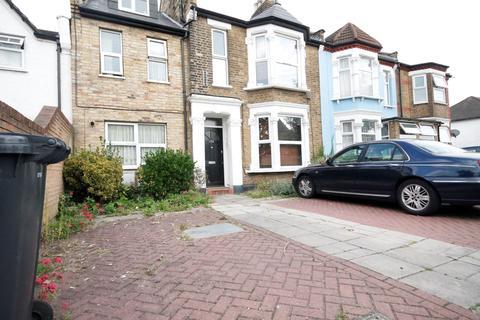 2 bedroom flat to rent - Vicarage Road, Leyton
