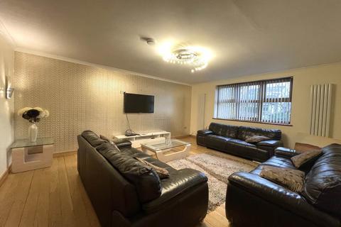 4 bedroom house share to rent - Prune Park Lane , Allerton,