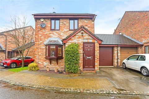 3 bedroom link detached house for sale - Tudor Green, Wilmslow, Cheshire, SK9