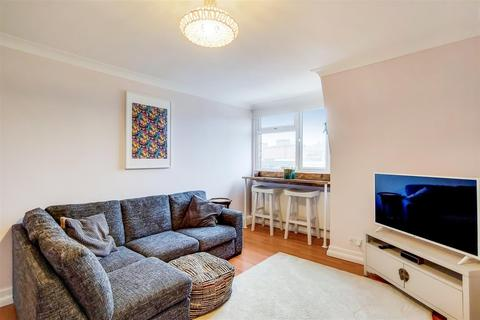 2 bedroom flat to rent - Norwood Road, London