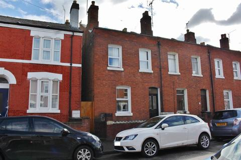4 bedroom end of terrace house to rent - Oxford Road, Kingsholm, Gloucester
