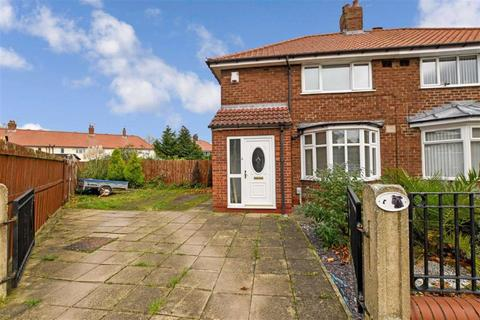 3 bedroom semi-detached house for sale - 28th Avenue, North Hull, Hull, HU6