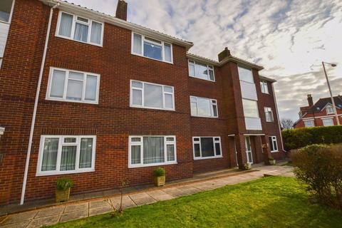 2 bedroom flat to rent - BEDFORDWELL ROAD