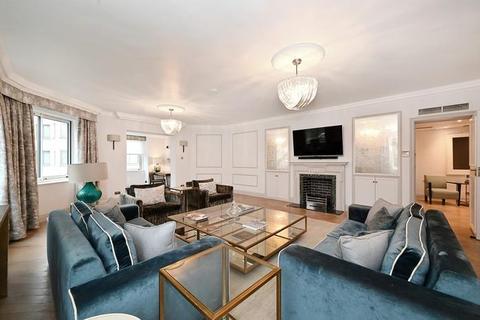 3 bedroom flat to rent - Arlington House, Arlington Street, Mayfair, SW1A