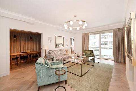 2 bedroom flat to rent - Arlington House, Arlington Street, Mayfair SW1A