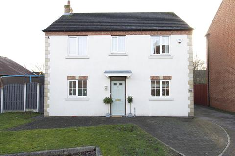 3 bedroom detached house for sale - St. Chads Way, Chesterfield
