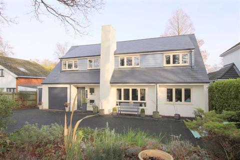 4 bedroom detached house for sale - Hinton Wood Avenue, Highcliffe, Christchurch, Dorset