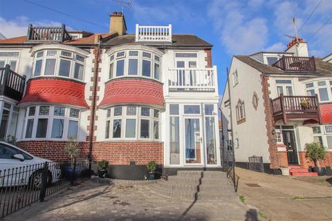 3 bedroom semi-detached house for sale - Beach Avenue, Leigh-On-Sea