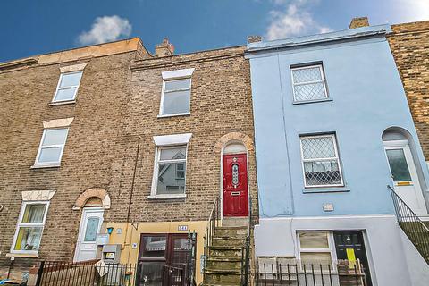 1 bedroom flat for sale - Wrotham Road, Gravesend