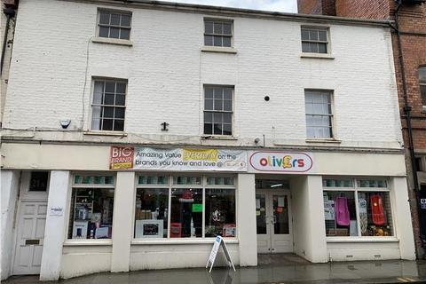 Retail property (high street) to rent - PROMINENT SHOP UNIT* , 20 Berriew Street, Welshpool, Welshpool, Powys
