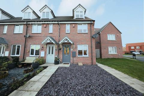 3 bedroom semi-detached house for sale - Richmond Way, Kingswood, Hull