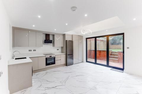 2 bedroom apartment to rent - Stanlake Road, Shepherd's Bush, London, W12