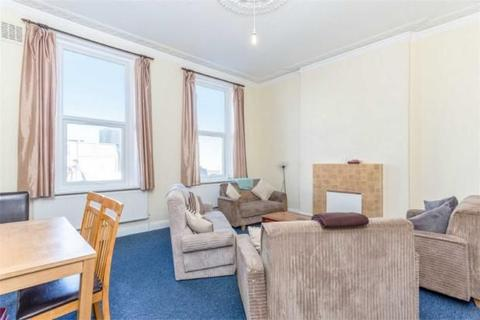 4 bedroom flat to rent - Uxbridge Road, Shepherd's Bush W12 8NR