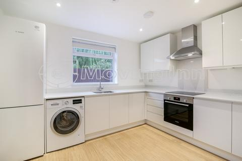 2 bedroom flat to rent - Birchanger Road, South Norwood, SE25