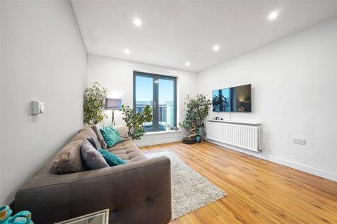 1 bedroom flat for sale - Leghorn Road, London, NW10
