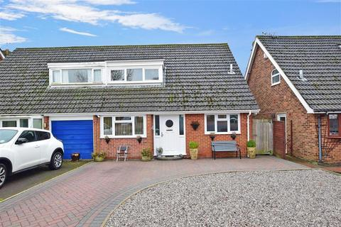 3 bedroom semi-detached house for sale - Kingscote Road, Cowplain, Waterlooville, Hampshire