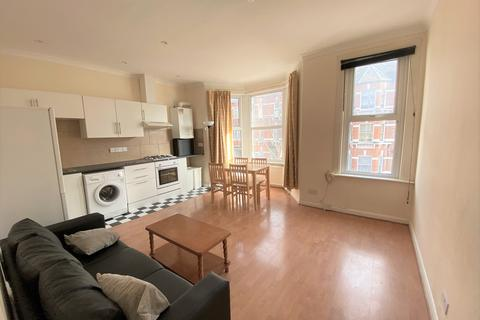 2 bedroom flat to rent - Abbotsford Avenue N15