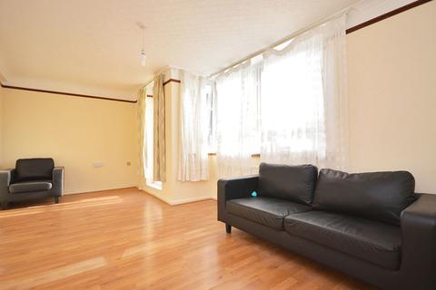 4 bedroom maisonette to rent - Zetland Street, London, E14