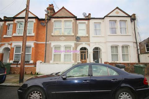 Studio to rent - Overcliff Road, Lewisham, SE13