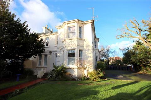 1 bedroom apartment - Shelley Road, Worthing