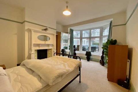 2 bedroom apartment to rent - Lyndhurst Road, Brighton