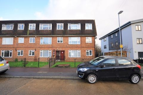 2 bedroom flat for sale - Norton Road, Dagenham