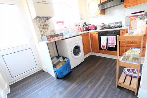 1 bedroom flat - Kimberley Gardens, Haringey Ladder N4