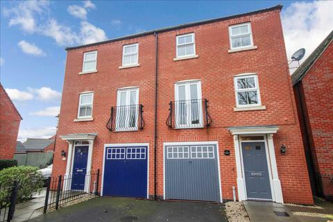 4 bedroom semi-detached house for sale - New Swan Close, Witham St. Hughs, Lincoln