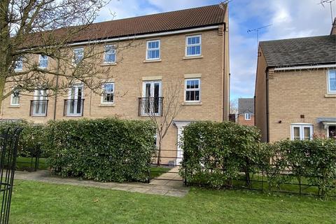 4 bedroom end of terrace house for sale - Rubys Walk, Fernwood, Newark, Nottinghamshire. NG24 3FA