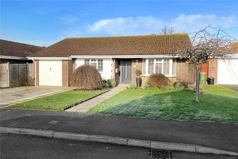2 bedroom bungalow for sale - Foxdale Drive, The Dell, Angmering, West Sussex