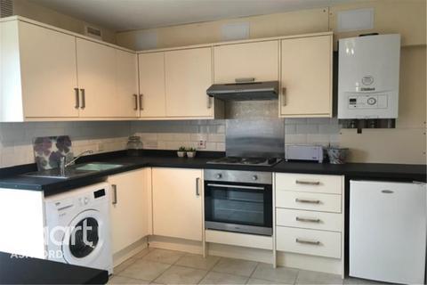 4 bedroom detached house to rent - Dorset Close, CT1