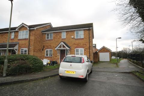 3 bedroom property to rent - Star Lane, St Mary Cray, Orpington, BR5 3LN