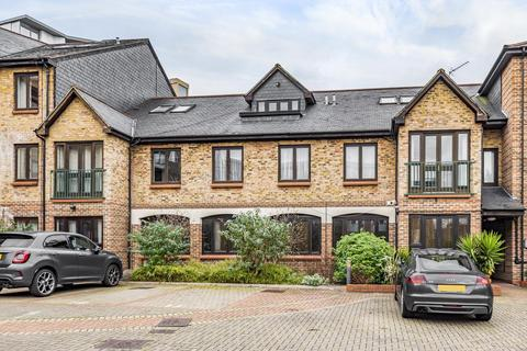 2 bedroom flat for sale - Plough Way, Surrey Quays