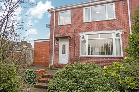 3 bedroom semi-detached house for sale - Hillside Gardens, Tunstall, Sunderland, Tyne and Wear, SR2 9AR