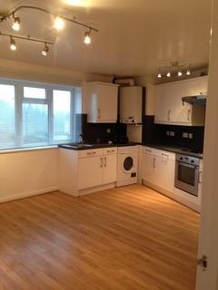 2 bedroom apartment - High Street, Barnet, Hertfordshire, EN5