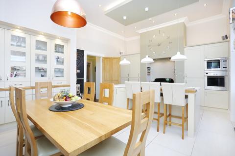 3 bedroom flat for sale - 7/2 Pentland Terrace, Braids, Edinburgh, EH10 6EY