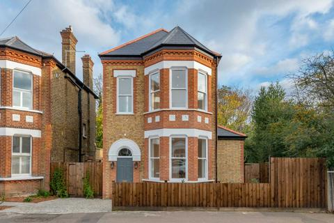 4 bedroom detached house for sale - Croxted Road Dulwich SE21 8NR